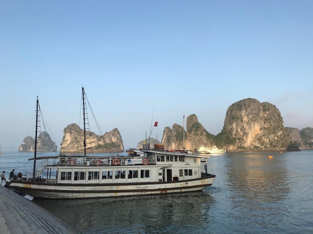 【旅遊】越南河內下龍灣五天四夜自由行|下龍灣兩天一夜,不住船上住陸上|三個女生也很安全!(下篇)
