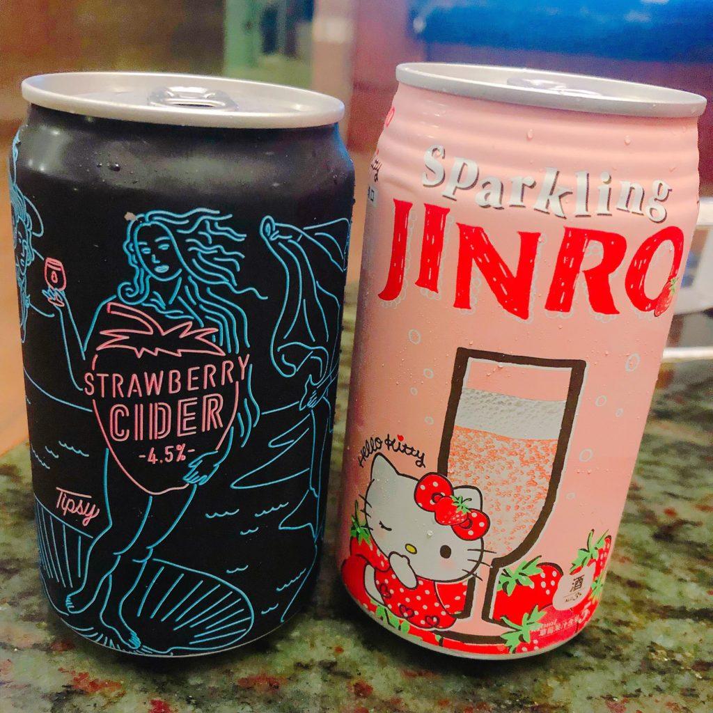【食記】7-11愛戀草莓季│女生最愛的草莓酒│日本JINRO x Hello Kitty草莓氣泡酒│臺虎精釀 x 莓納斯的誕生