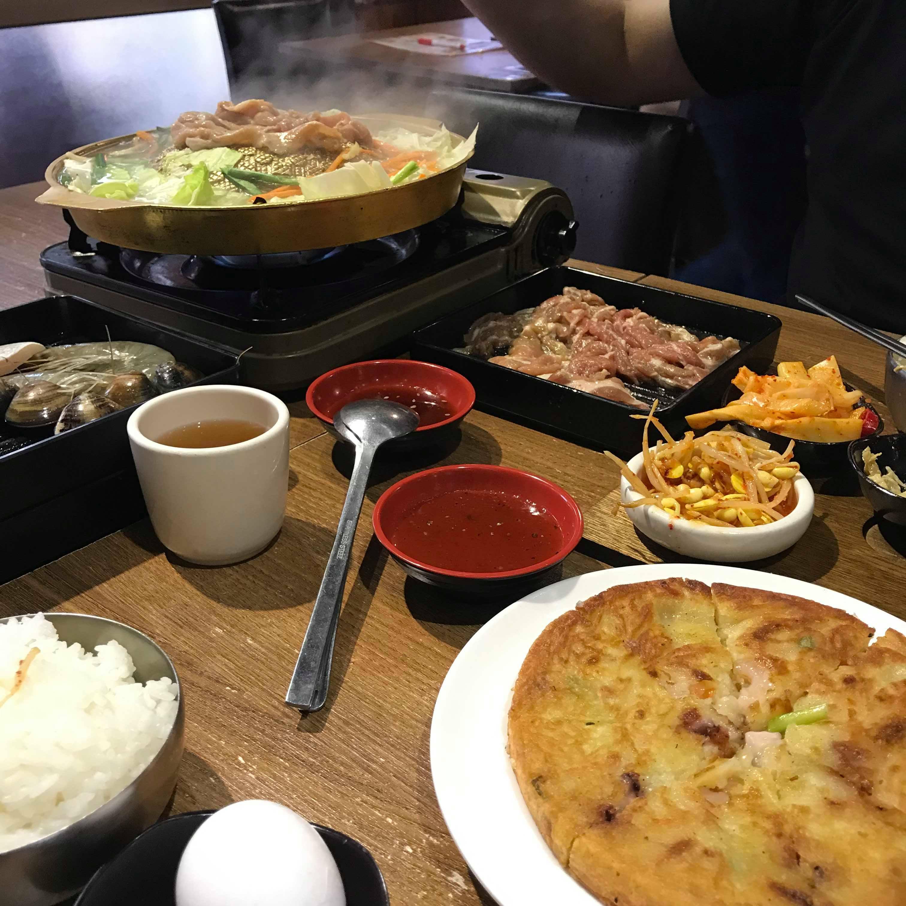 【食記】新莊平價韓式料理|朝鮮味|小菜無限吃到飽|吃粗飽好選擇