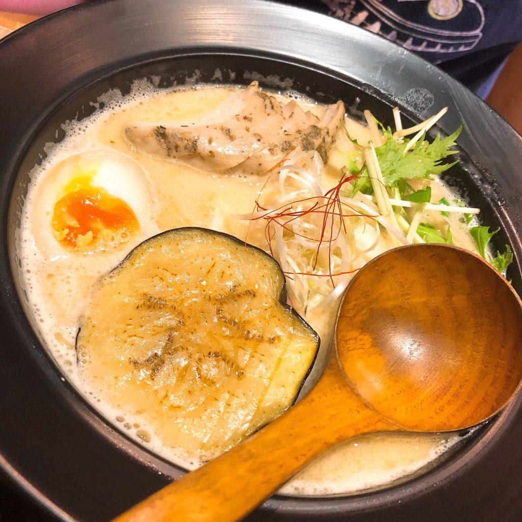 【食記】樂麵屋│客製化拉麵│無限次免費加麵│捷運西門站│內有菜單